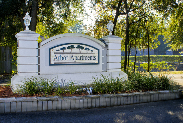 The Arbor Apartments